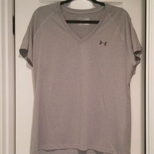 UA women's semi-fitted XL